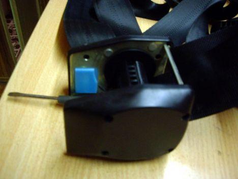 2 web - Устройство катушки ремня безопасности