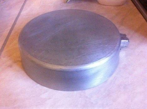 51 468x348 - Как отмыть металлическую посуду?