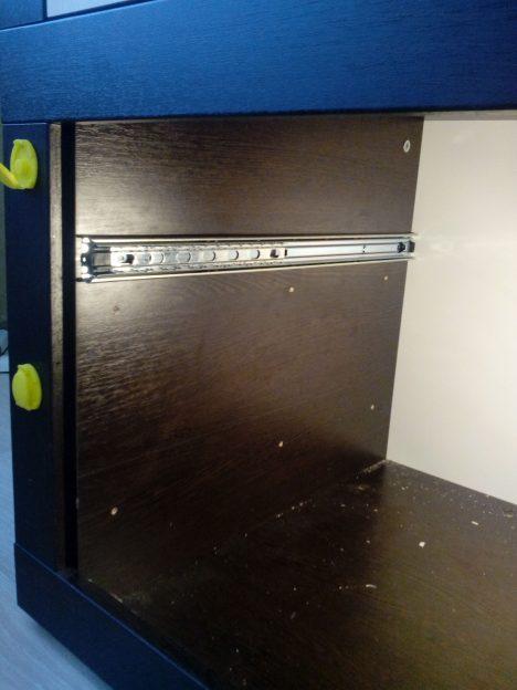 10 1 468x624 - Что делать, если мебельные ящики проваливаются, застревают и не вообще бесят?