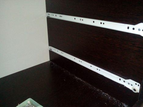 3 468x351 - Что делать, если мебельные ящики проваливаются, застревают и не вообще бесят?