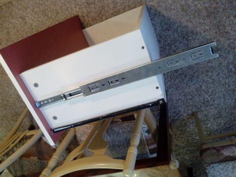 9 468x351 - Что делать, если мебельные ящики проваливаются, застревают и не вообще бесят?