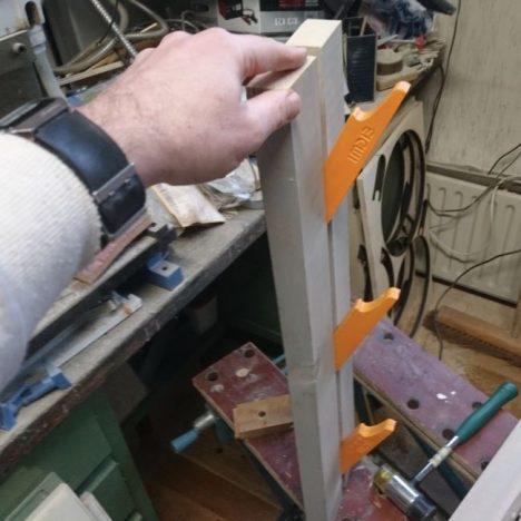 18 468x468 - Дизайнерская вешалка своими руками
