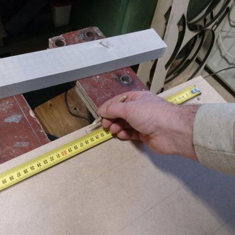 24 468x468 - Дизайнерская вешалка своими руками