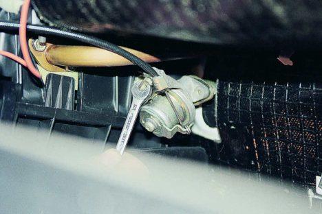 2 1 468x312 - ВАЗ 2131 НИВА не закрывается печка отопителя